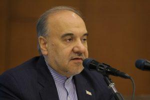 سلطانی فر: همه باشگاهها برای وزارتخانه یکسان هستند/ اشتباهات داوری سهوی است