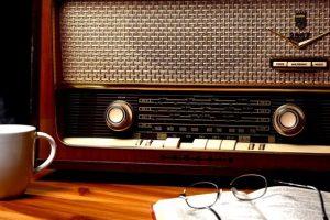 جای خالی پیشکسوتان در ۸۰ سالگی رادیو/ مخاطبان رادیو همیشه سرجایشان بودند