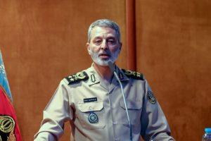 فرمانده کل ارتش: زمان اخراج بیگانگان از منطقه فرا رسیده است