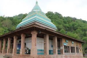 آرامگاه شیخ زاهد گیلانی در لاهیجان