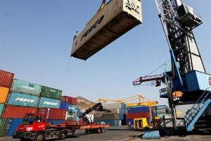 امکان افزایش صادرات به روسیه تا ۱۰ میلیارد دلار/ قیمتگذاری و ترخیص کالا مشکلاتی برای تجار ایجاد کرده است