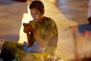 پیش بینی اکونومیست درباره اوضاع جهان در سال ۲۰۱۹: نیمی از دنیا آنلاین خواهد شد