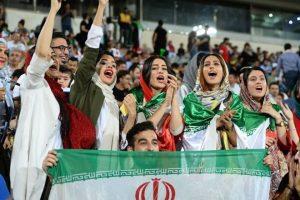 فوتبال ایران در لبه تعلیق