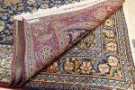 گیلان باید پایگاه فرش دستباف ابریشمی شود